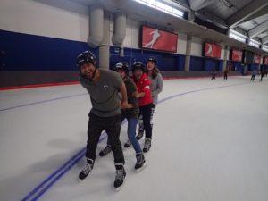 夏令營活動溜冰