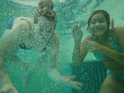 夏令營活動游泳