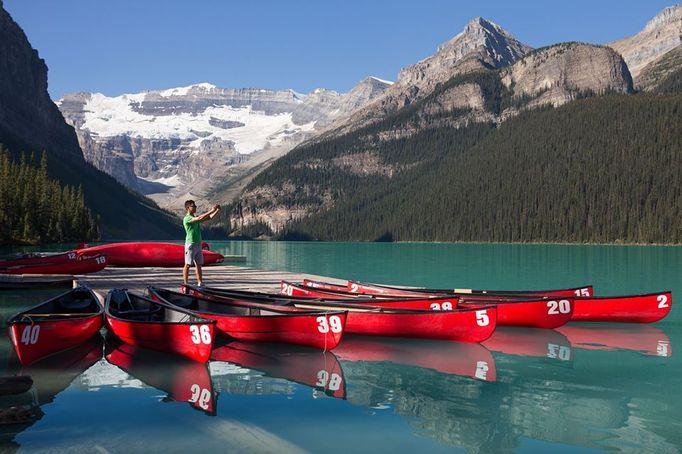 加拿大落磯山划船